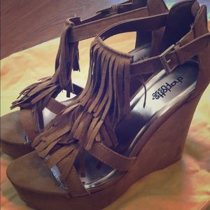 """Charlotte Russe 3.5"""" wedges"""